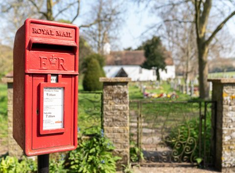 photo showing post box at Castle Hill